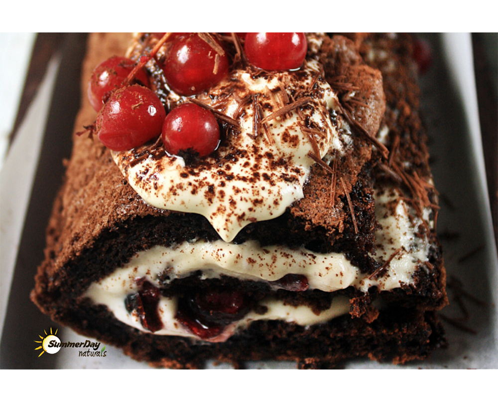 Chocolate Cranberry Meringue Roulade