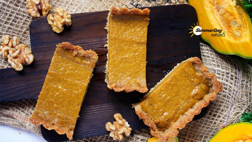 Cinnamon Pumpkin Pie with Walnut Crust