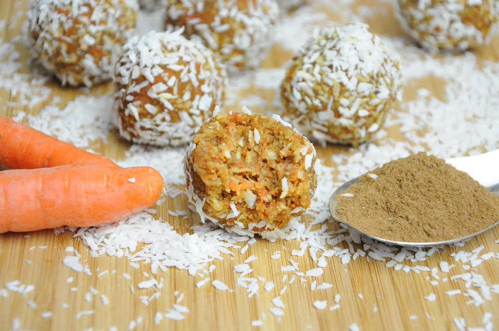 Raw Vegan Paleo Carrot Cake Balls Recipe