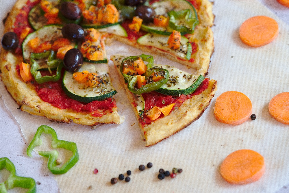 Healthy Low-Carb Cauliflower Pizza Recipe
