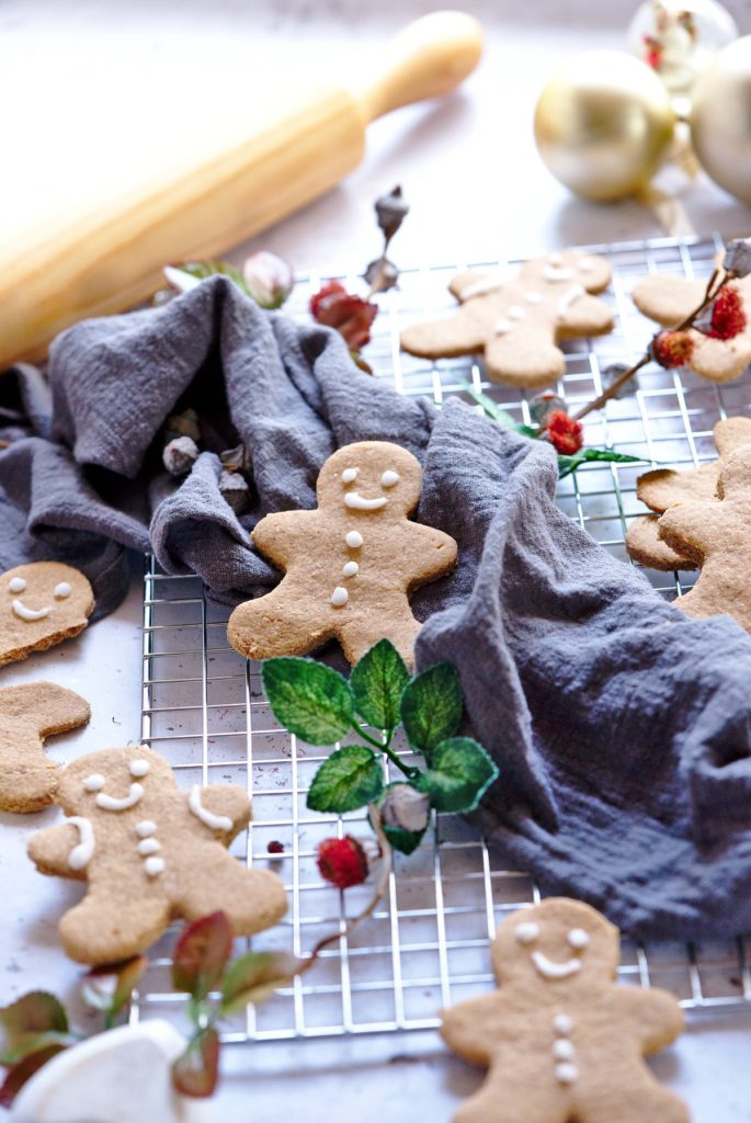 Healthy Paleo Gingerbread Cookie Recipe for Christmas