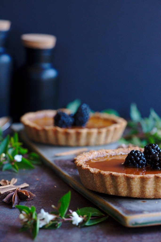 Paleo Pumpkin Tartelette Recipe - Healthy Thanksgiving and Christmas Recipe Ideas